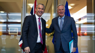 """ЕС даде зелена светлина за ключова """"тунелна"""" фаза от преговорите за Брекзит"""