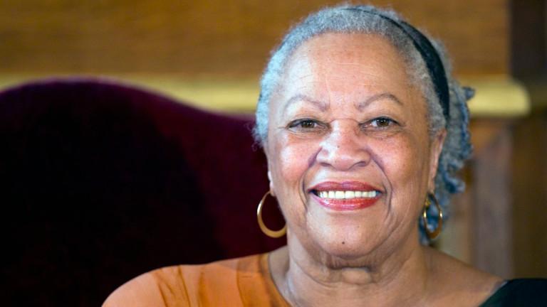 На 88 г. почина първата афроамериканка, удостоена с Нобел за литература