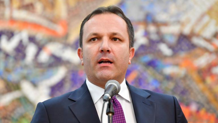 """Премиерът на Северна Македония предупреди ЕС за """"най-мръсните"""" избори"""