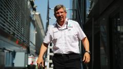 Рос Браун: С подобно отношение, Ферари трудно ще изпревари Мерцедес