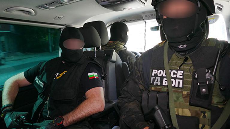 Арести във Враца при мащабна полицейска операция