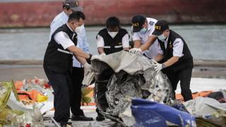 Посочиха една от предполагаемите причини за авиокатастрофата в Индонезия