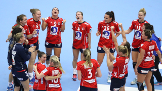 Норвегия се класира за полуфинал, Русия отпадна от европейското по хандбал