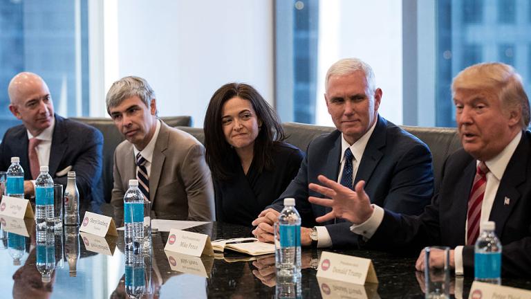 Технологичните лидери се срещнаха с Тръмп. Какво си казаха?