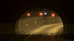 """Светофар падна в тунела """"Правешки ханове"""" на магистрала """"Хемус"""""""