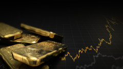 Защо златото се срива въпреки митата и волатилността на пазара?