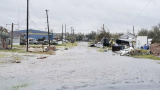 Как ураганът Харви повиши цените и разходите на американците?