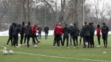 Вирус тръшна Николай Бодуров, защитникът пропусна тренировката на ЦСКА