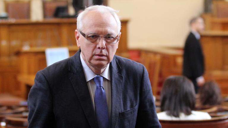 ГЕРБ не пусна Велизар Енчев да стане член на комисия