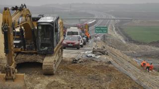 Отново ремонтират новата магистрала Марица