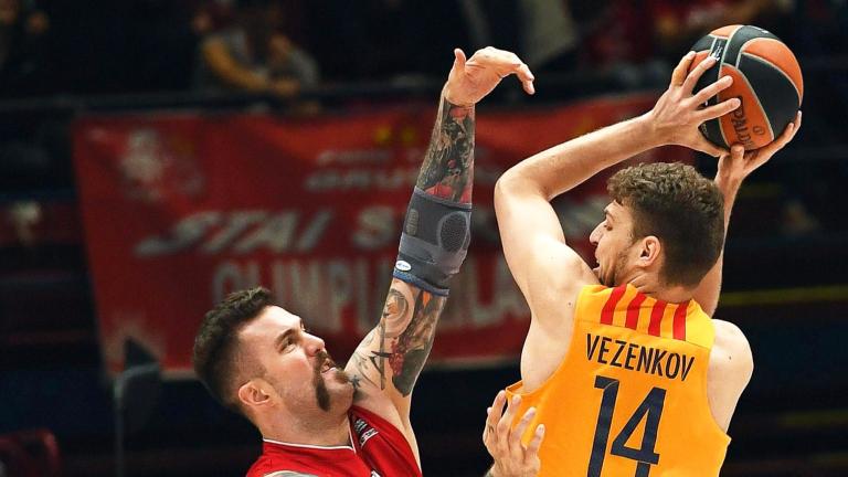 Барселона отказа оферта за Александър Везенков