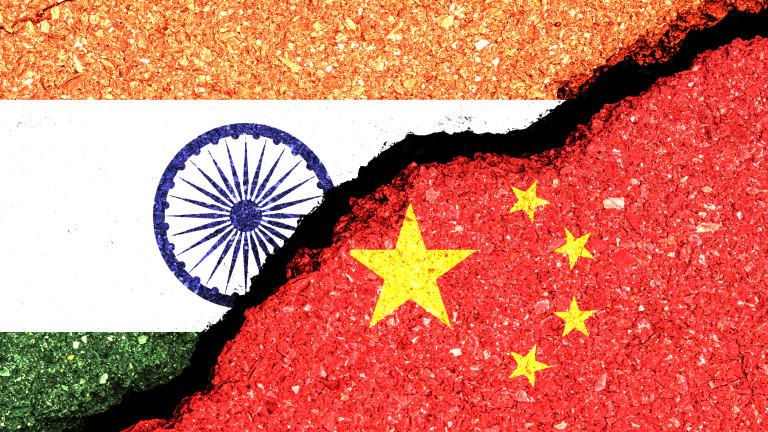 Индия и Китай откриват гореща линия за намаляване на напрежението по границата