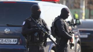 Постоянен арест за ръководителя и един от участниците в групата за лихварство и изнудване