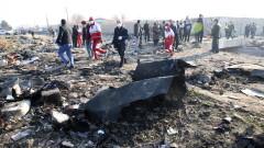 Канадски служител: Има признаци за прегряване в единия двигател на украинския Боинг