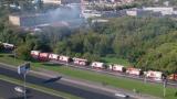 17 загинали при пожар в склад в Москва