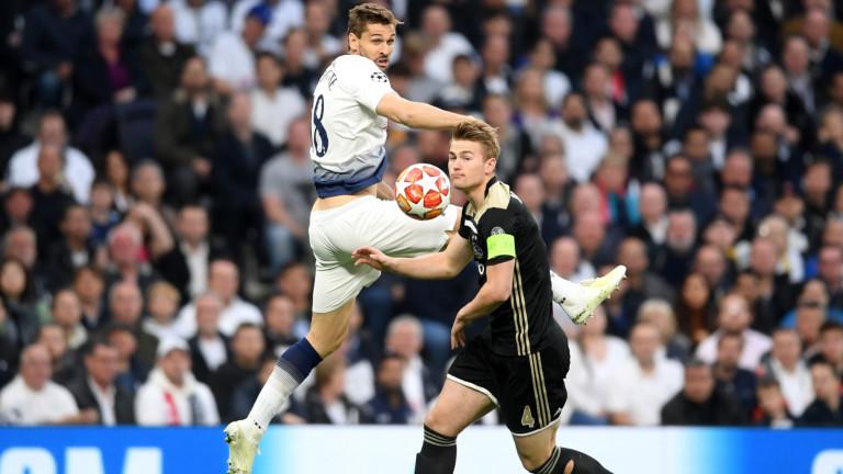 Тотнъм - Аякс 0:1, гол на Ван де Беек