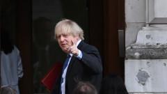 Британия обсъжда ваксинационните паспорти с ЕС
