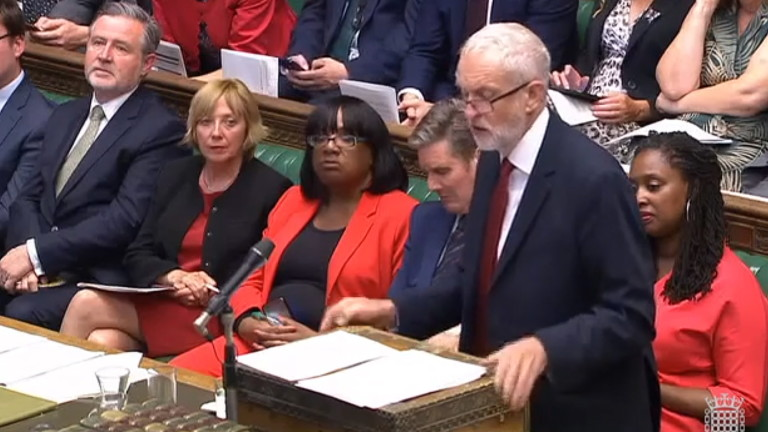Парламентът отхвърли предложението на Борис Джонсън за предсрочни избори