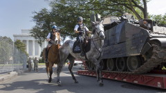 """Жители на Вашингтон играят на """"намери танка"""" преди парада на Тръмп за 4 юли"""