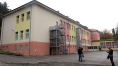 ДАЗД поиска наказание за директорката на 4-о помощно училище