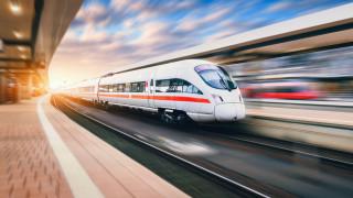 Германия обмисля нови €50 милиарда инвестиции в националния си жп превозвач