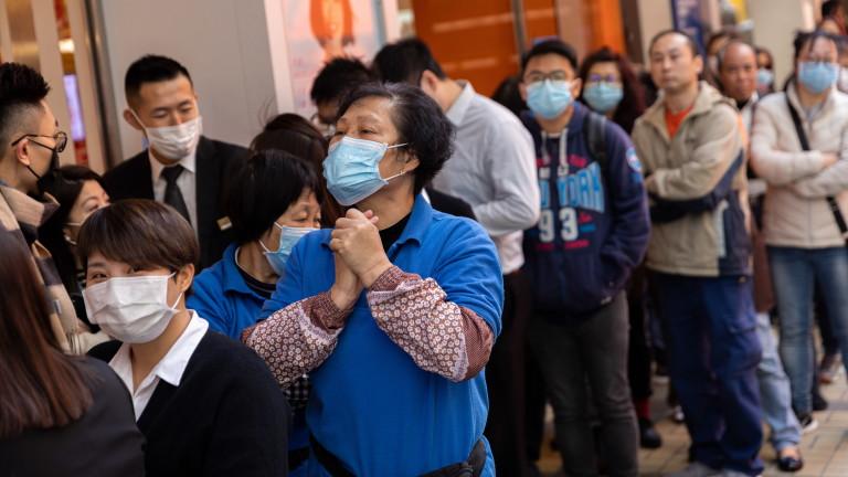 Лавинообразно увеличаване на заразените с коронавируса в Китай
