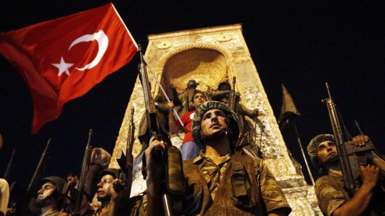 Фетхуллах Гюлен отрича да е замесен в опита за военен преврат в Турция