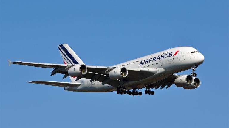 Air France изгуби €70 милиона след атаките в Париж