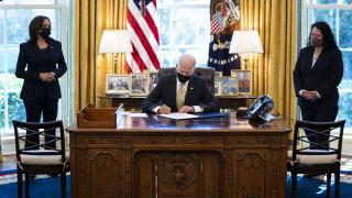 """""""Американският спасителен план"""" ще доведе до по-голям търговски дефицит според Кофас"""