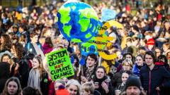 Хиляди ученици в Холандия протестират в защита на околната среда
