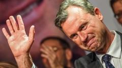 Норберт Хофер води с 3 процента на президентските избори в Австрия