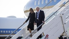 Мелания Тръмп отново постави мъжа си в неловко положение