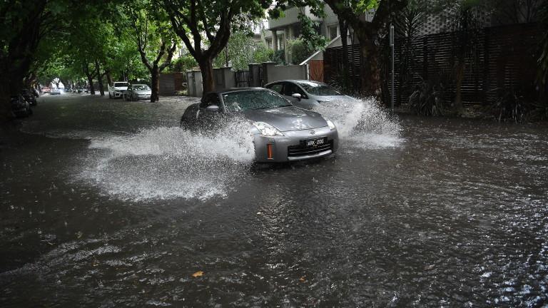 55 000 домакинства на тъмно заради лошото време в Сидни