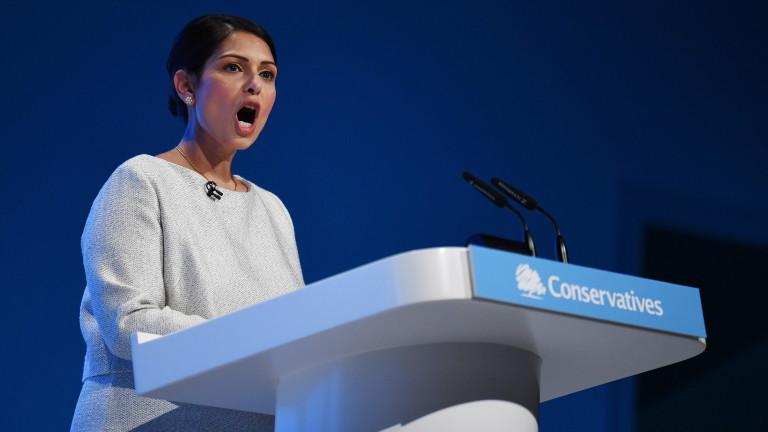 Великобритания въвежда точкова имиграционна система