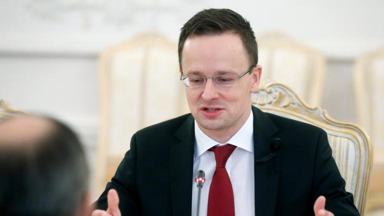 Унгария се насочва към по-тесни връзки с Русия и САЩ
