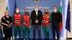 Министър Кралев награди медалстите от световното първенство по самбо