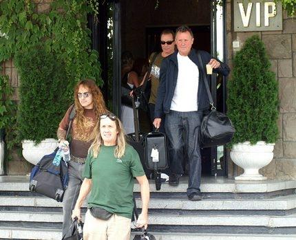 Iron Maiden пристигнаха в България