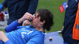 Съмнения за счупен нос пратиха Райнов от Левски в болница (ВИДЕО)