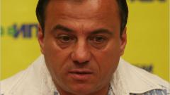 Коджабашев: Като чуят Иван Абаджиев, веднага тичат към аптеката