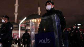Турция осъди на доживотен затвор 475 души за опита за преврат от 2016 г.