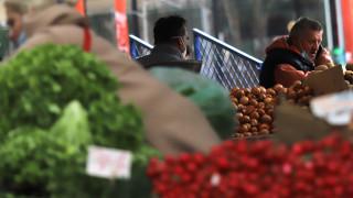 Продавачите на пазарите в София да нямат висока температура, кашлица и загуба на вкус