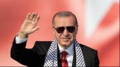 Ердоган на втори тур на президентските избори, управляващите – без мнозинство, показва сондаж