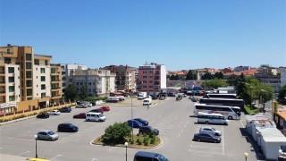 Въвеждат безплатно паркиране за туристите в Поморие