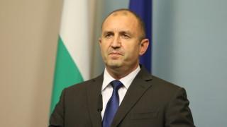 Президентът зове студентите да сътворят нова България