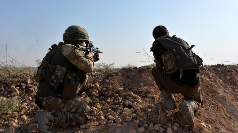 Престрелка между турски и сирийски войски на границата