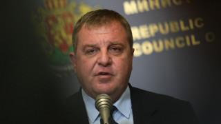 Каракачанов: Полковник оглавява военното разузнаване