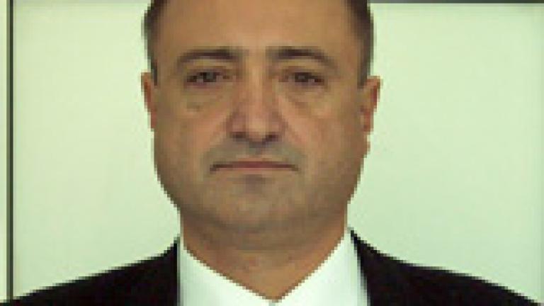 На 56 години внезапно почина Георги Коларов, дългогодишен коментатор на