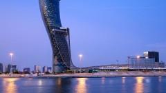 Абу Даби налива $122 милиарда в петролния сектор за 5 години