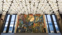 НДК обещава TV екранът да е само временно пред фреската на Левиев
