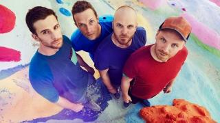 Coldplay със седми албум на първа позиция